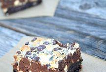 Cupcakes/cookies/cakes / by Samantha Burkhart