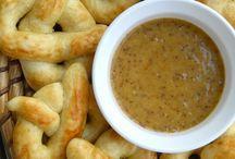 Rolls, Breads, Coffee Cake, Biscuits / by Sue Malewitz
