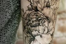 Tattoos and rings / by Charlotte Sanchez