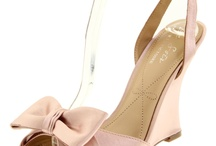 Shoes - bridesmaids / by Paul-Lissa BigDay
