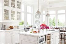 Gorgeous Kitchens / by Lauren Dulaney