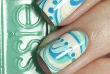 ♡ nails ♡ / by Erika Mikami