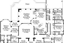 Floor plans...I will build one of these! / by Brittany Stelter
