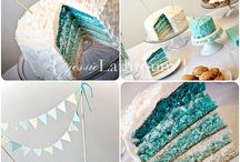 Ombre Cake Inspiration / by Pui Yie