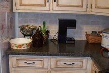 Flat kitchen / by Jon Gobie