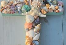 Beach Crafts / by Roxann Bentsen