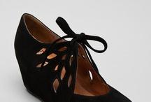 Shoes / by Jovi Batarce