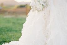 dream wedding<3 / by Harley Ehland