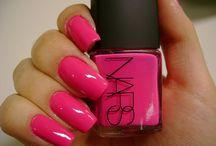Nails / by Dana Weg