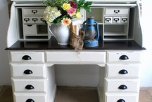 Desks / by Janet Lutova