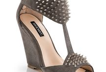 Awesome shoes that I want / I love these shoes  / by Danielle Gayle