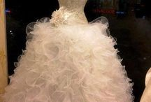 Fabulous gowns / Gorgeous & beautiful gowns  / by Lisa Jones