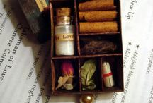Crafts - Matchboxes & Altoids Tins / by Efelants Woozles