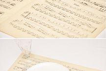 Crafts / by Stephanie Kooiman