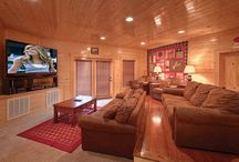 Group Cabins in Gatlinburg / Gatlinburg cabins for large groups, up to 18 bedrooms, all luxury amenities, sleeps large family reunions, business & parties, in the beautiful Smoky Mountains of Tennessee. http://www.CabinsOfTheSmokyMountains.com  / by Cabins Of The Smoky Mountains