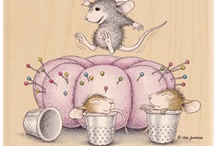 Catch that House Mouse / by Carolyn Hutson