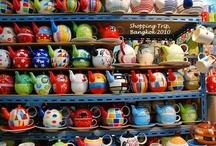 Tea Pots / by Kelly Bragg
