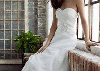 Wedding dresses / by Emilee Wyrick
