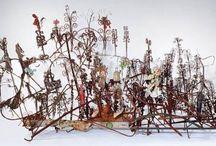 Art - Assemblages, Installations / by Margaret Gohn