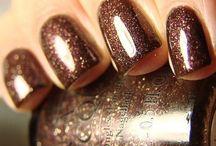 nails / by Jenna Gilberti