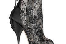 Shoes Wonderful Shoes / by Elizabeth Galindo