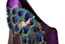Peacocks galore / by Hera Hub