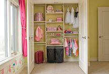 Organizing my crazy life! / by Stacy Lowe