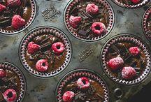 Sweet / by Kelsey Bowden