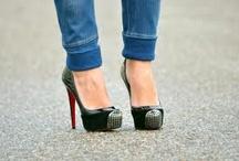 Shoes / by Aldana Di Filippo