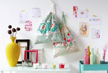 Easy Beginner Bag Sewing Projects  / by PatternPile.com