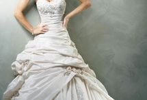Wedding Dresses / by Patricia Sullins