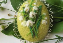 brooches / by The Crafter's Apprentice