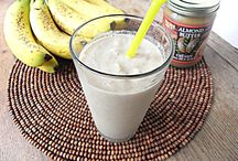 Food - Smoothies / All things smoothies / by Sandy Vaughan