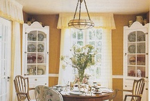 Dining Rooms / by Betsy Speert