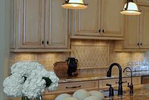 Kitchen / by Steph Bargainfun