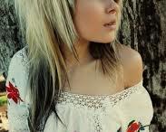Hair N Makeup / by Megan Elkins