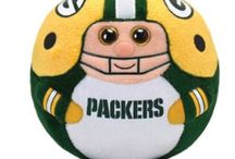 Cheesehead nation!!  / My love of all things Packers, but mostly Clay Mathews #52!! / by Katie Buxbaum