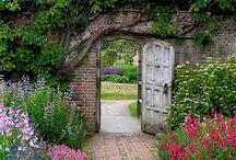 Outdoor Spaces / gardening, landscaping, outdoor rooms / by Cloptonpen Pen