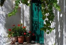 Photography {Doors & Windows} / by Danielle Ward