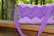 Crochet - Bags / by Julie Ogden