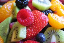 ♥ Tooty Fruity / Not just nice to look at, but it's healthy AND delicious. / by Chanda Ladines