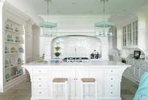 Kitchen / by Ursula Goff