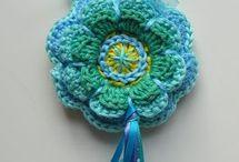 Llaveros crochet / by Alfalfa Accesorios