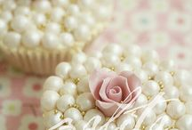 Cupcakes / by Jacqueline Pollock