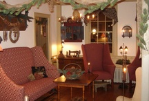 Interior Ideas.. My Olde House / by Primitive Folk Artist Sue Corlett