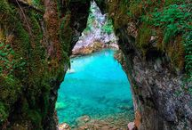 Places I'd Like to Go / by Kaya Seidl