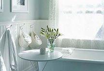 Bathrooms / by Julie Weber