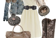 Style - Dressed to Impress / by Cammie Hackney