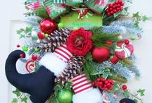 Wreath and more Wreaths / by Linda East