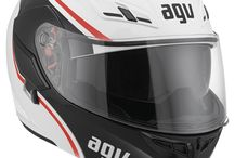 AGV Compact / Compact is the new top-of-the-range flip-up helmet from the AGV collection. This model is as much intended for touring as for urban use and comes richly equipped as standard. This makes it leader in its segment for comfort, size, safety and functionality. Thus, this helmet is ideal for those wanting the good look and safety of a full face helmet and the handiness of an open face version. This solution also boasts some first class technical innovations. / by AGV Helmets Official